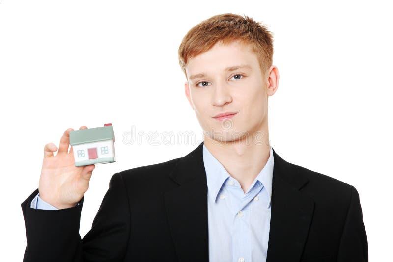 Ragazzo teenager allegro immagini stock libere da diritti