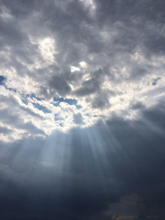 Raggi di cielo fotografie stock