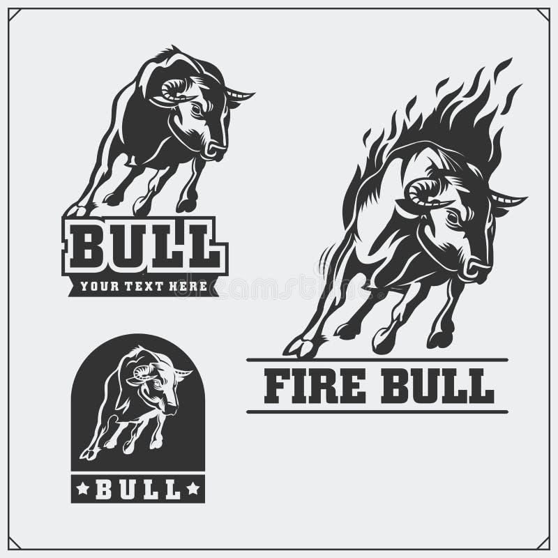 Raging Bull Emblemas, etiquetas e crachás do vetor ilustração royalty free