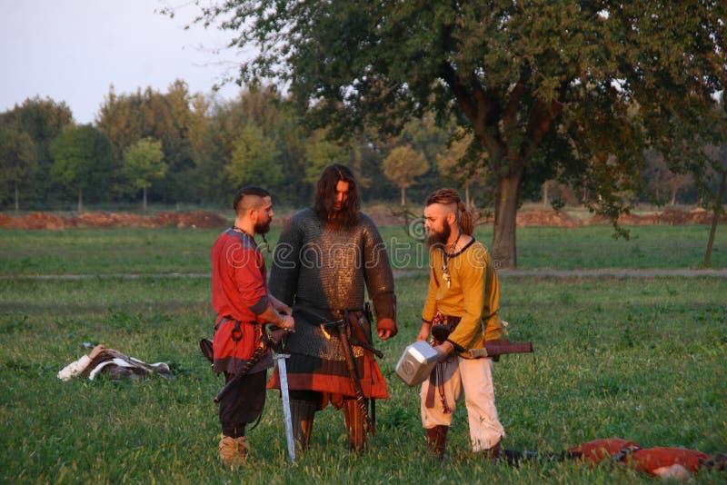 Ragnarok - de Viking bröderna - 28-30 September 2018 - Casirate D ` Adda - BG - Italien royaltyfri bild