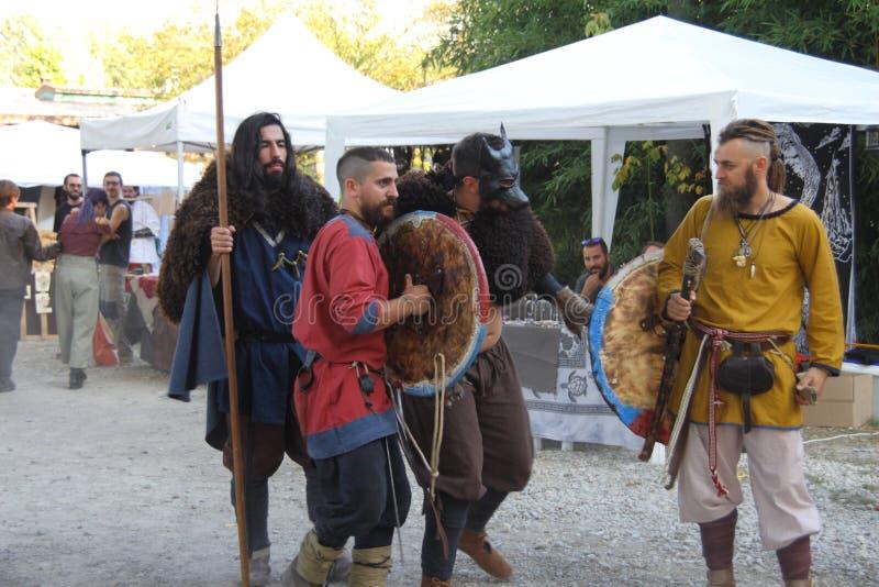 Ragnarok - de Viking bröderna - 28-30 September 2018 - Casirate D ` Adda - BG - Italien royaltyfria bilder