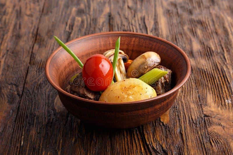 Ragu med grönsaker fotografering för bildbyråer