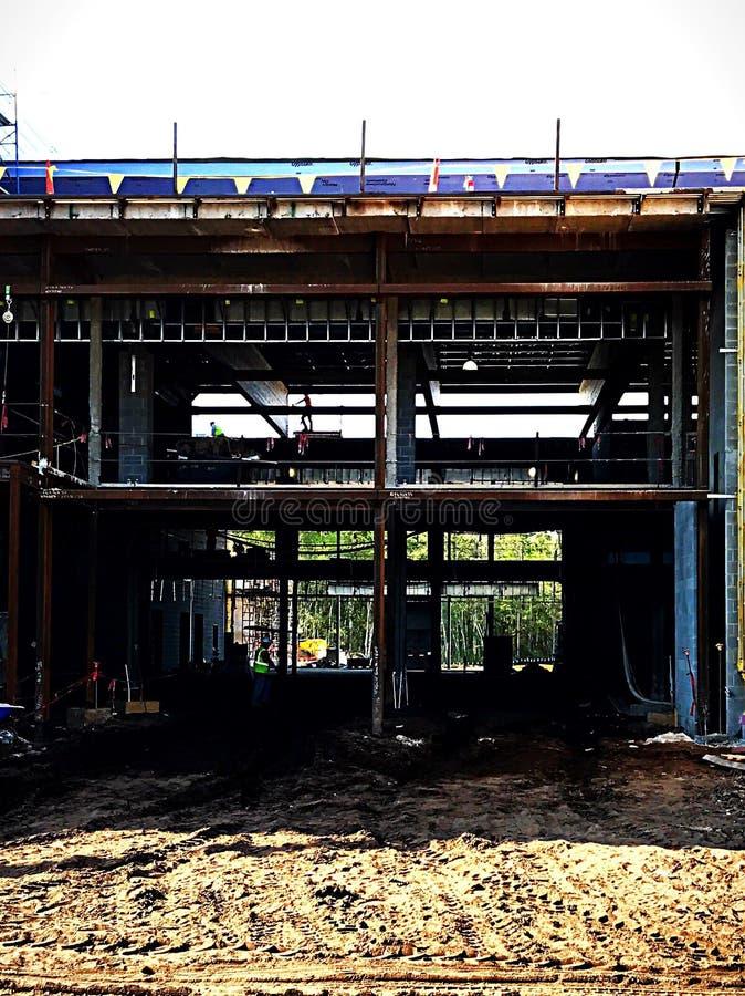 Rahmen des Neubaus stockfotografie