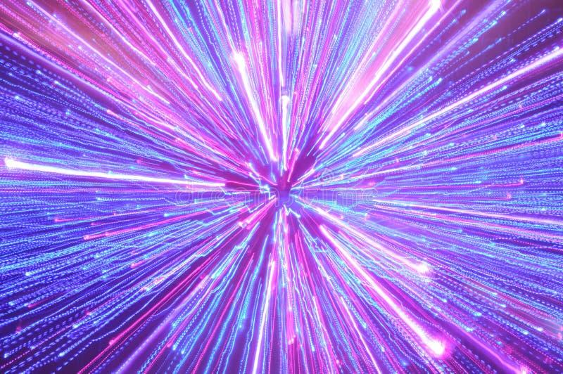 Raias de iluminação azuis, cor-de-rosa e roxas abstratas imagem de stock