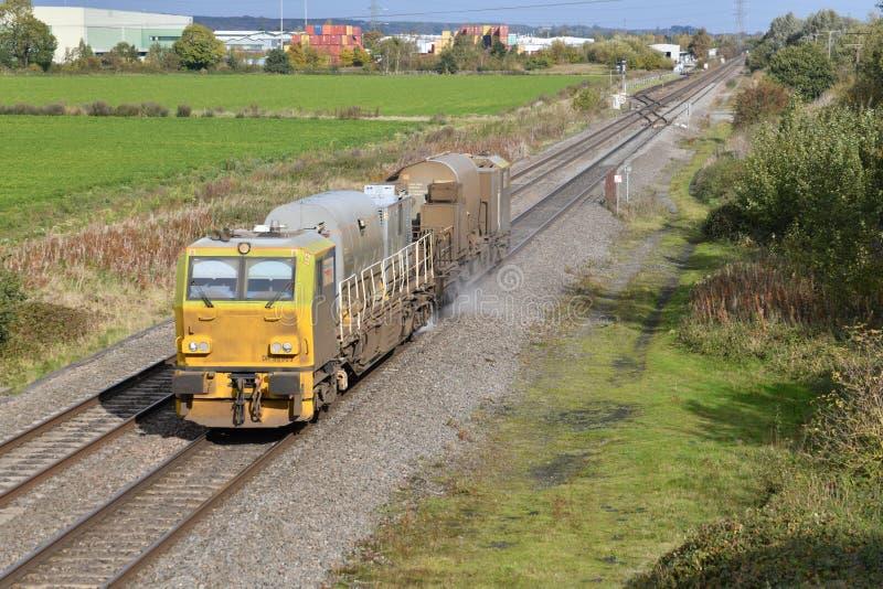 Rail Head Treatment Train RHTT vid Catholme Stviddshire royaltyfri fotografi