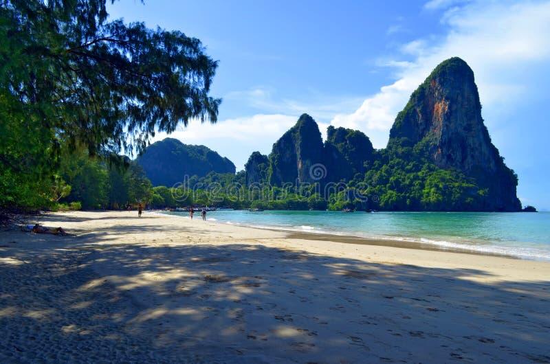 Railay strand nära Ao Nang, Thailand arkivfoton