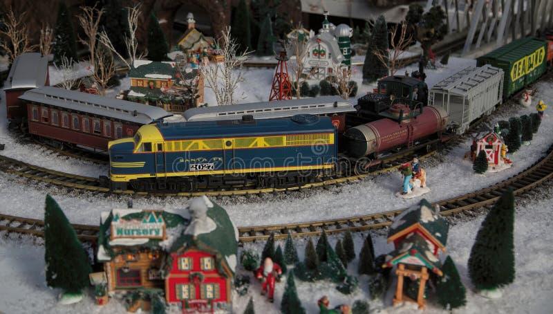 Railroad Train Garden modelo en grande imagen de archivo libre de regalías