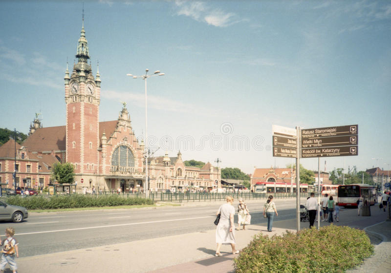 Download Railway Station Editorial Stock Image - Image: 26370424