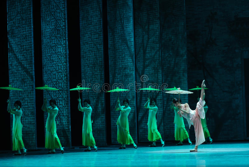 The rain beat on the banana leaf-The second act of dance drama-Shawan events of the past. Guangdong Shawan Town is the hometown of ballet music, the past focuses royalty free stock photos