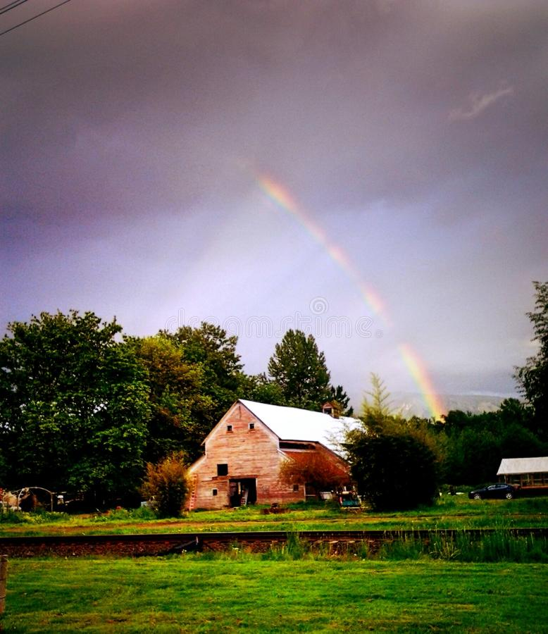 Rainbow Over Country Barn Free Public Domain Cc0 Image