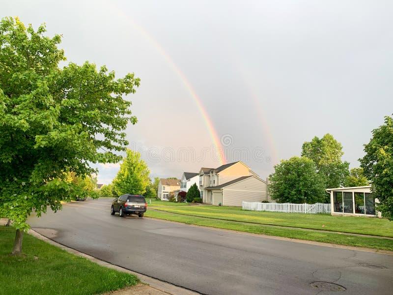 Rainbowl sopra la città Michigan Arcobaleno sopra la città di Ann Arbor, Michigan U.S.A. fotografia stock
