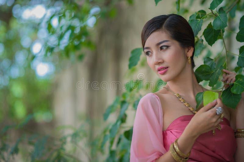 Download Rainha do Naga imagem de stock. Imagem de beleza, artista - 80101565