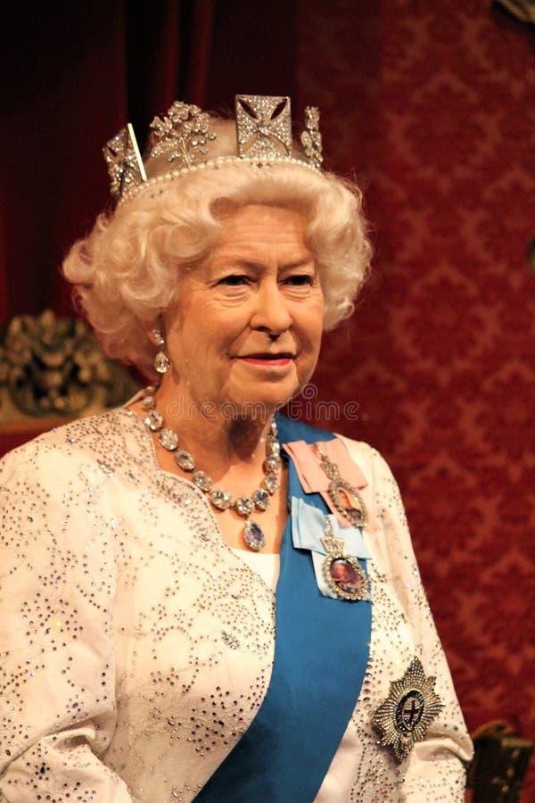 Rainha Elizabeth, Londres, Reino Unido - 20 de março de 2017: Rainha Elizabeth ii figura de cera do modelo de cera de 2 retratos  imagens de stock