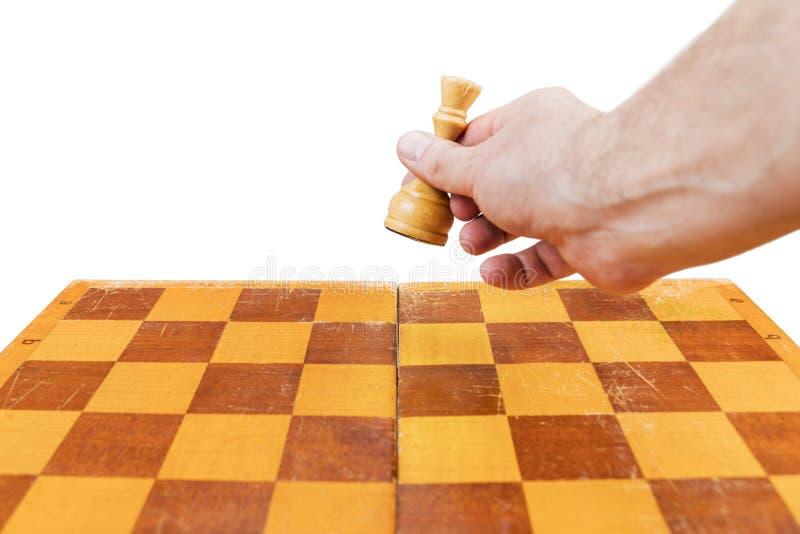 Rainha movente no tabuleiro de xadrez fotografia de stock royalty free