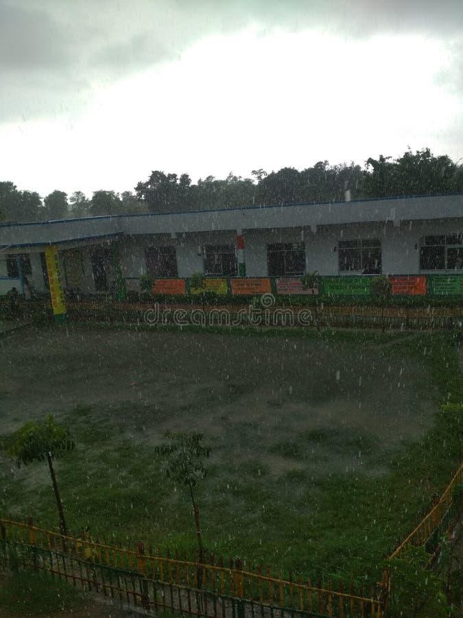 raining foto de archivo
