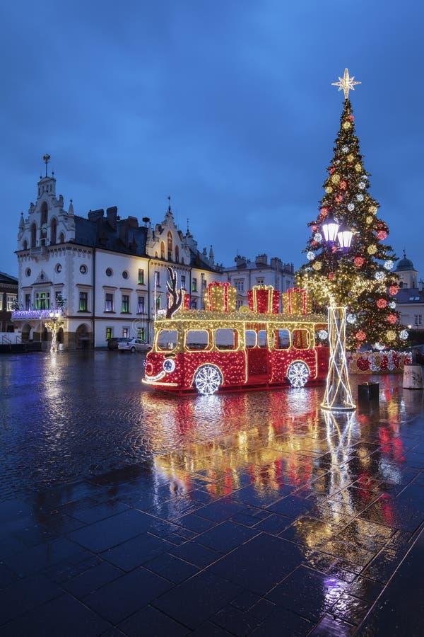 Rainy Christmas in Rzeszow stockfoto
