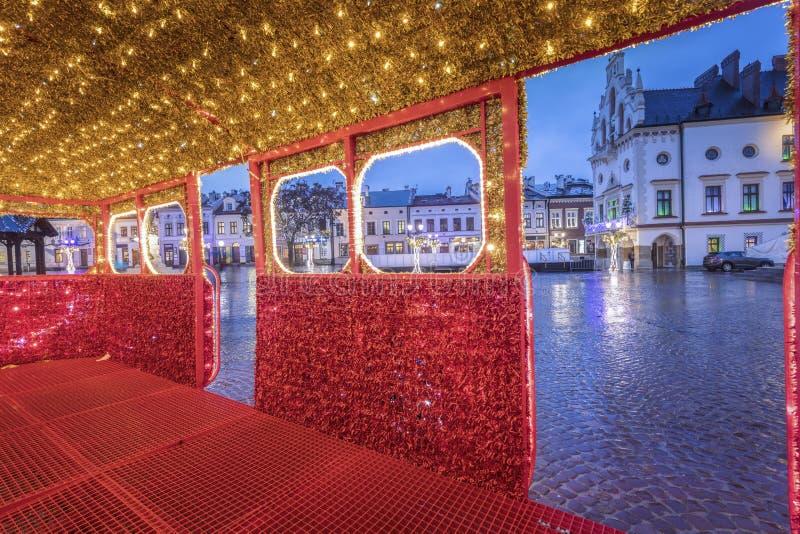 Rainy Christmas in Rzeszow lizenzfreie stockfotografie