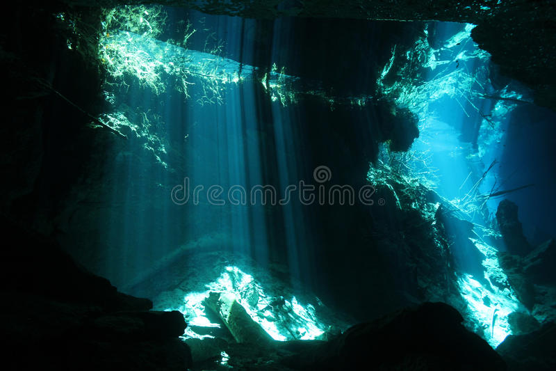 Chac Mool Cenote imagem de stock royalty free