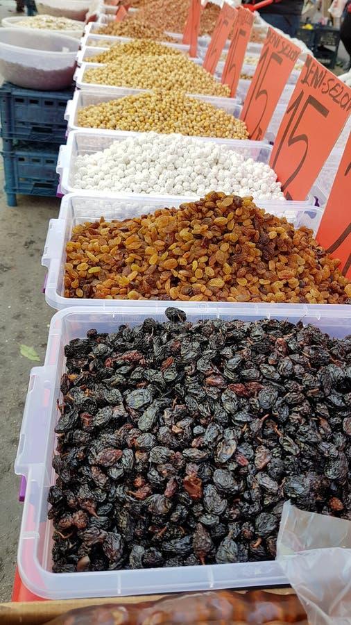 Raisins na targu rolników w Turcji obraz stock