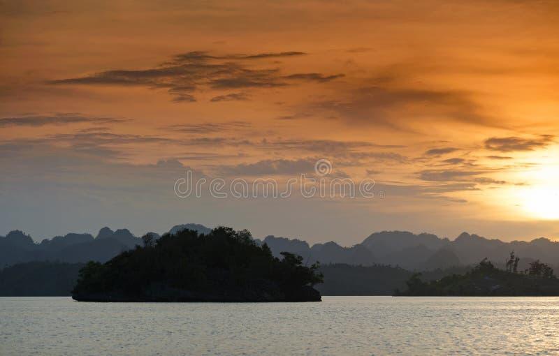 Raja Ampat, West-Papoea, Indonesië stock foto's