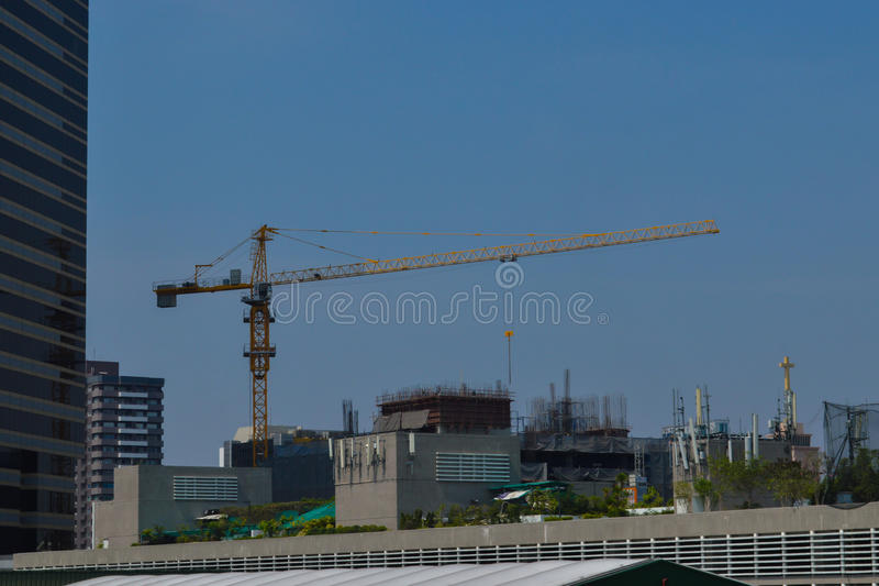 Rajadamri in Bangkok, Thailand: January 29, 2017 Construction crane working stock photography
