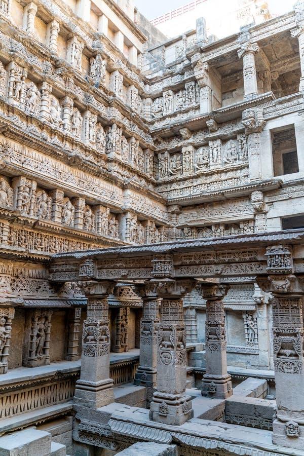 Rajas gemålkivaven som är gammal väl i Indien royaltyfria foton