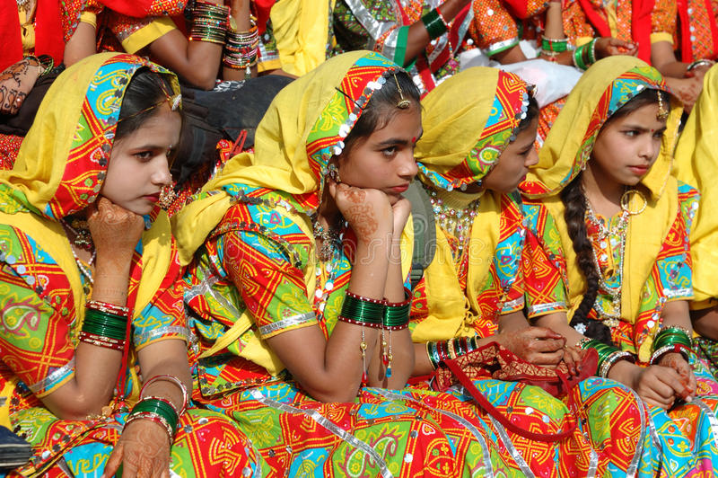 Download Rajasthani Girls Are Preparing To Dance Perfomance In Pushkar City,India Editorial Photography - Image: 28465912