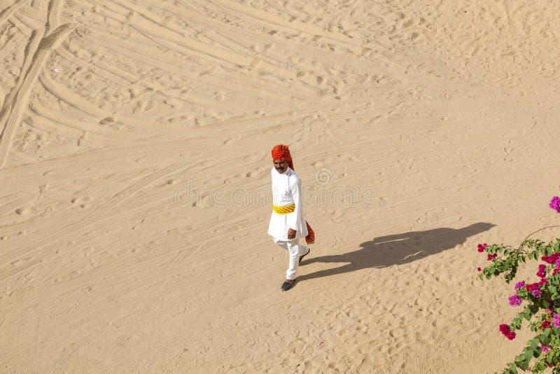 Rajasthani mężczyzna z jaskrawą czerwienią fotografia stock