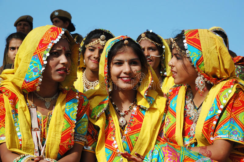 Download Rajasthani School Girls Are Preparing To Dance Perfomance At Pushkar Camel Fair Editorial Photography - Image: 28522312