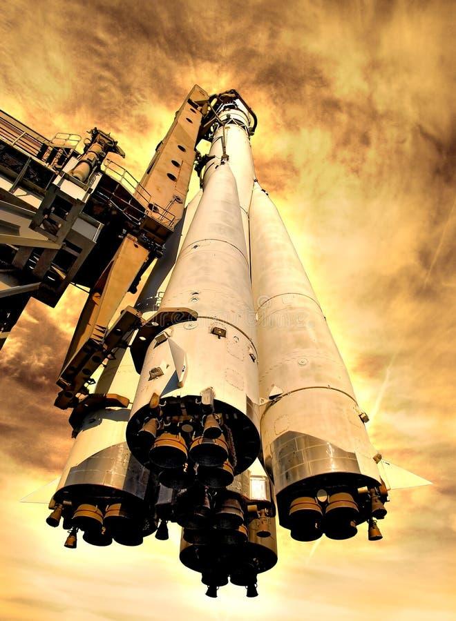 Raket op hete planeet vector illustratie