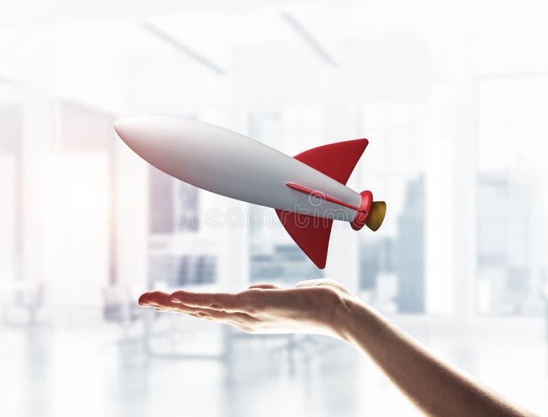 Raket ter beschikking als symbool voor hoogwaardige technologieën en wetenschap stock foto
