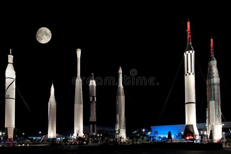 Rakiety przy NASA centrum lotów kosmicznych imienia johna f. kennedyego zdjęcie royalty free