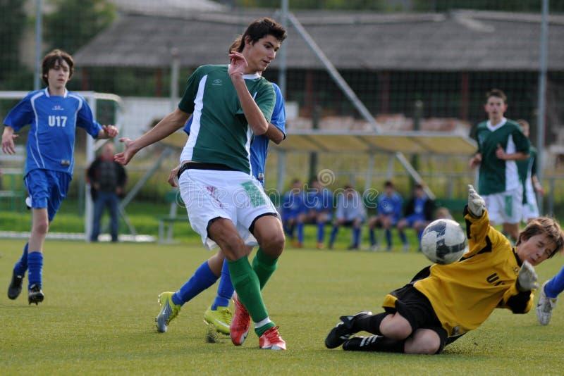 Rakoczi - Komlo U17 Fußballspiel lizenzfreie stockfotografie