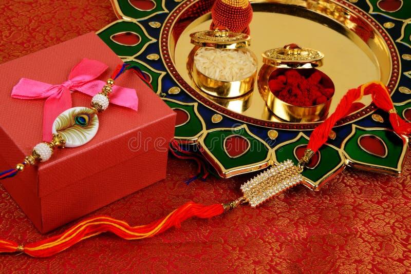 Raksha Bandhan of Rakhi, een Indisch festival voor broers en zusters stock foto