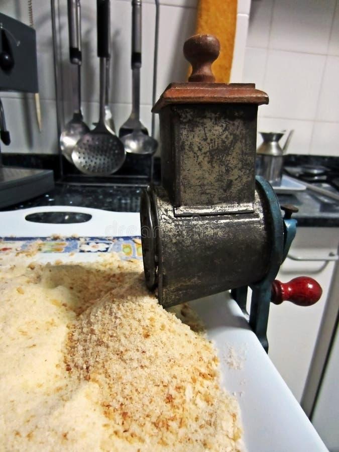 Ralador aluído do pão do vintage imagem de stock