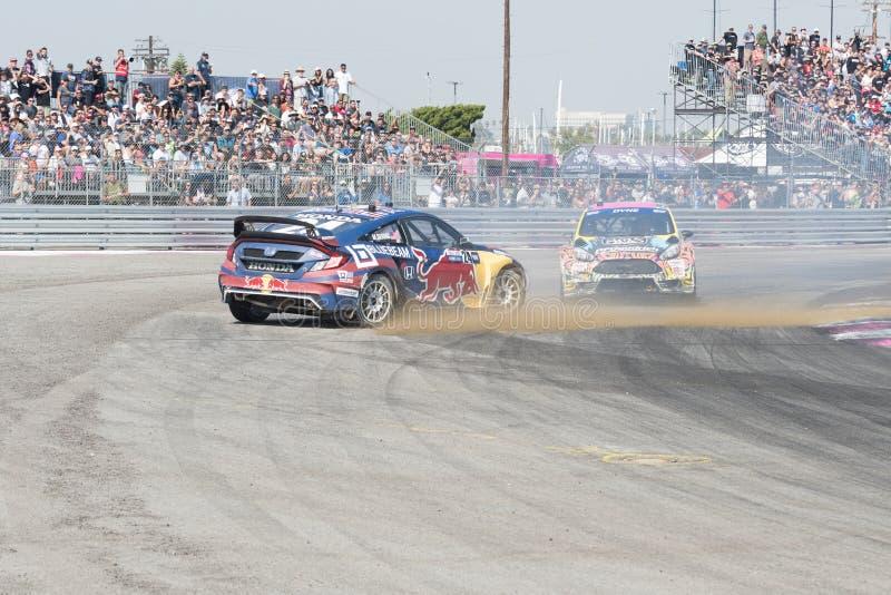 Rallycross-Treiber, der während des Red Bulls GRC konkurriert stockbilder