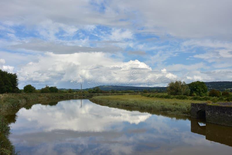 Ralty rzeka blisko Bunratty kasztelu zdjęcia royalty free