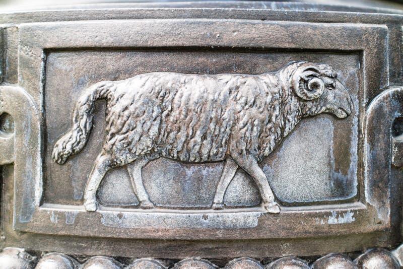 Ram в художественном произведении металла стоковые изображения rf