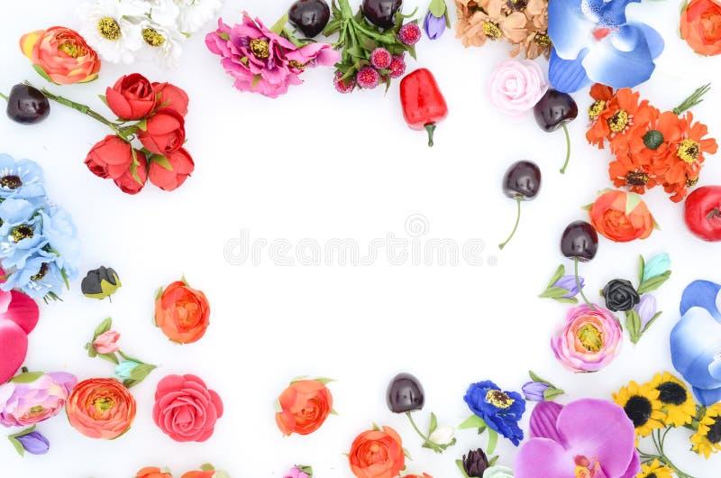 Ram av blommor på vit royaltyfria foton