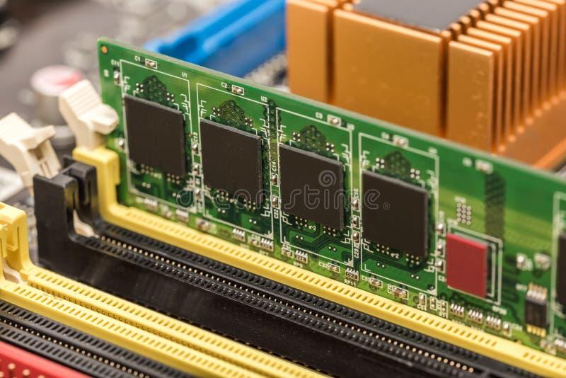 RAM Module Install lizenzfreies stockfoto