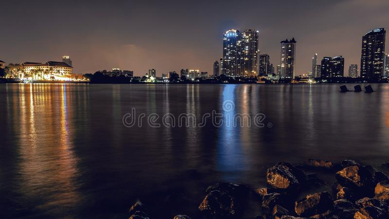Rama 3泰国曼谷河phraya夜 库存照片