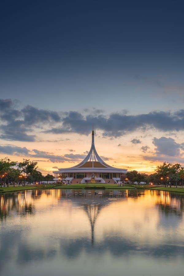 Rama9 jawny park w zmierzchu widoku zdjęcia stock