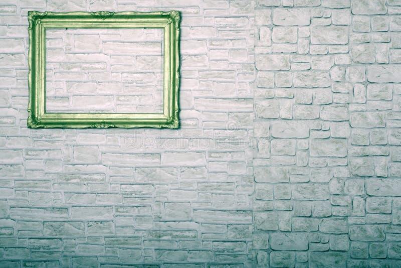 Download Rama na ścianie obraz stock. Obraz złożonej z skały, ramy - 28955897