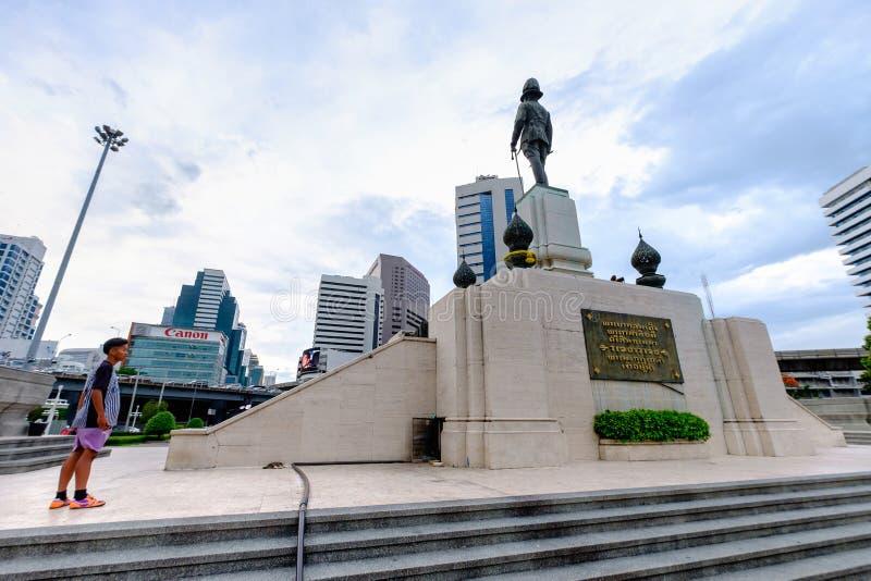 Download RAMA VI国王的在Lumpini公园前面的纪念碑 编辑类库存图片. 图片 包括有 历史, 荣誉称号, 城市 - 72354434