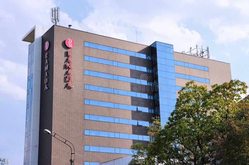 Ramada-Hotel lizenzfreie stockbilder