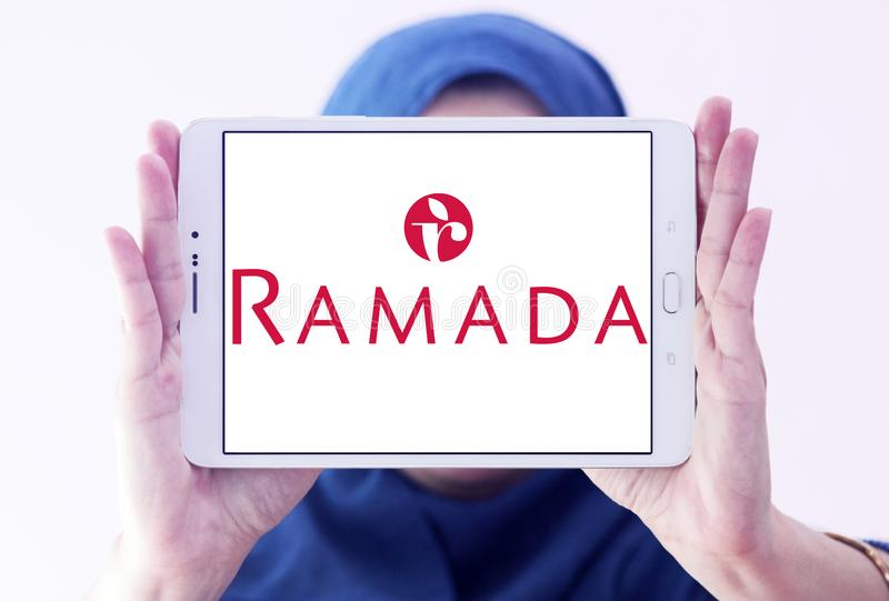Ramada-Hotelkettenlogo stockfotografie