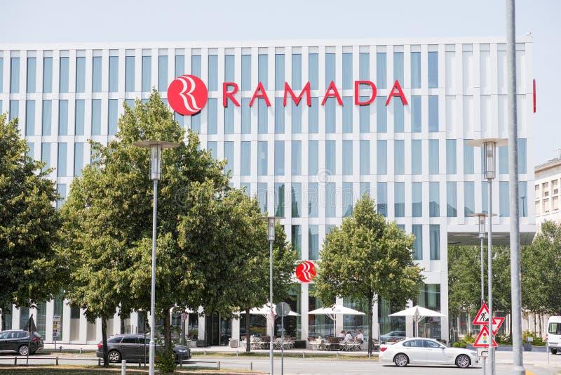 Ramada München lizenzfreie stockfotos