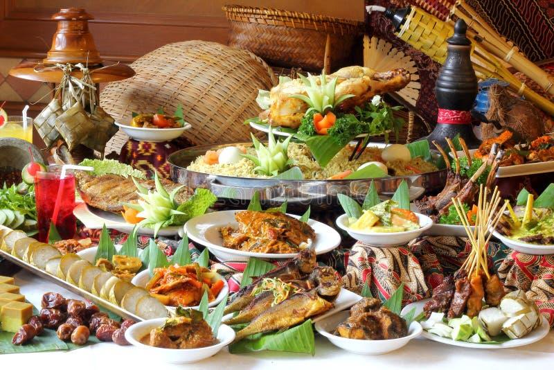 Ramadan Buffet Spread lizenzfreie stockfotografie