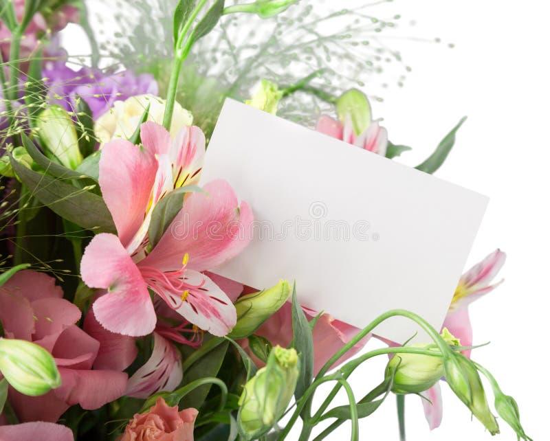 Ramalhete da flor com cartão vazio imagem de stock