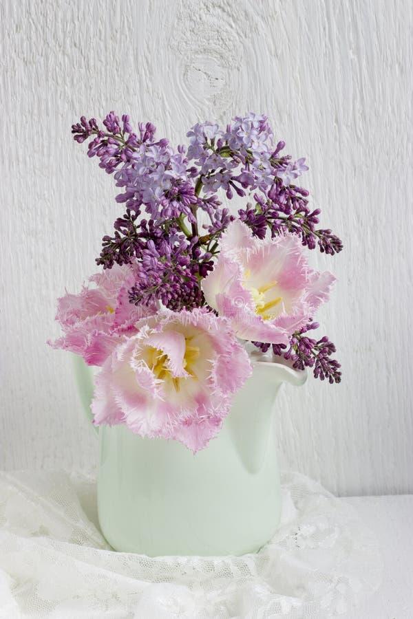 Ramalhete da flor da mola fotos de stock royalty free
